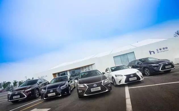 """日系豪华车为什么变的这么抢手?车市销量低迷为何它如此""""好过""""?"""