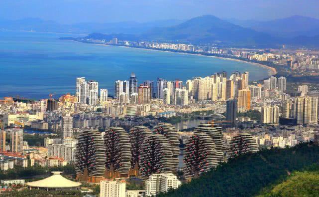 我国最难吸引人才的城市,旅游资源丰富,但物价高工资却不到2千