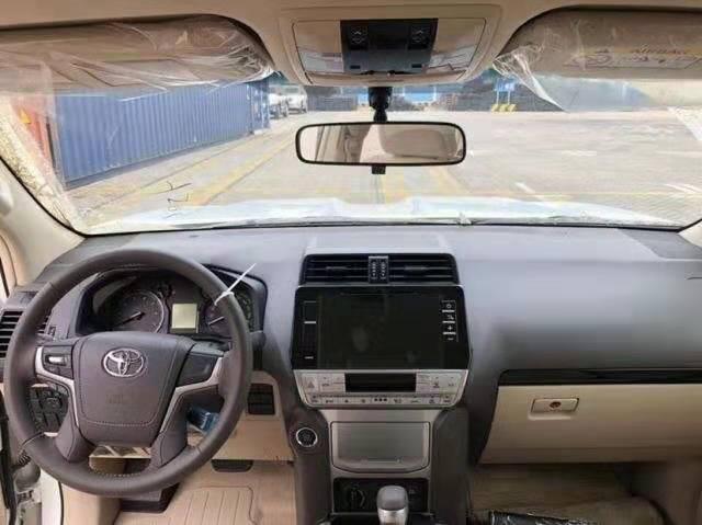 霸道系列中性价比最高的一款 19款霸道4000GXR 迪拜版