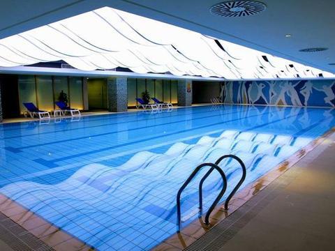 武汉19家游泳池余氯尿素和细菌总数不达标