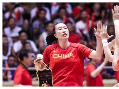 3战赢56分!李月汝8分钟5中5+邵婷扮大脑 残阵夺冠剑指亚洲杯冲冠