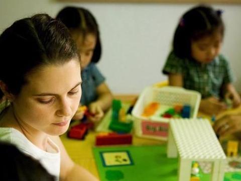 """幼儿园里有3种""""冷暴力"""",也许正在伤害孩子,家长却毫不知情"""