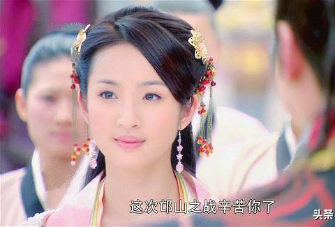 戴个发簪美上天的古装女子,林依晨温婉,杨蓉娇媚,黄奕美成经典