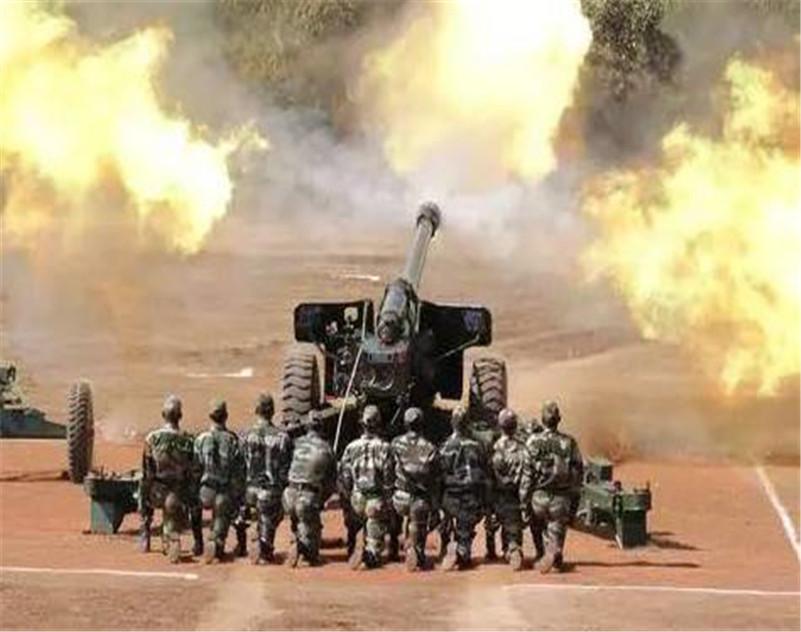 首轮交火印度以失利告终,巴铁发射红箭-8,印度前沿地堡被掀翻