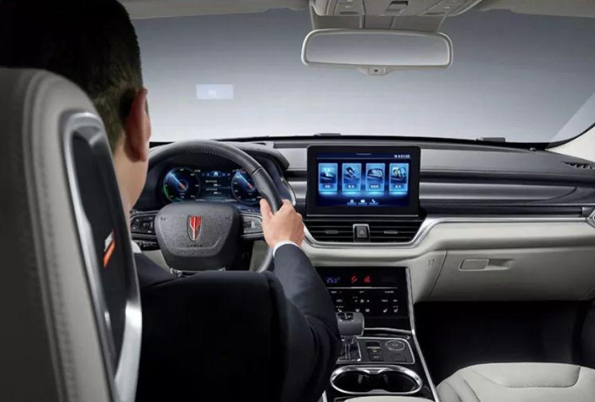 爱驰U5成都车展预售,续航超620公里