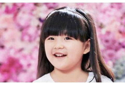 """有种""""长大""""叫王诗龄,看到如今的美照,粉丝:不愧是李湘女儿!"""