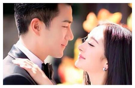 前妻遇前夫,谁注意杨幂对前夫举动?