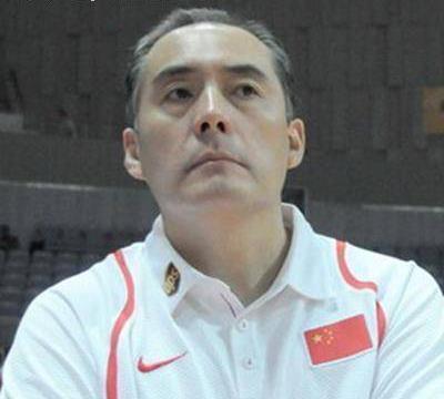 吴庆龙正式成青岛主帅!助教是前国家队主教练,两前国手或加盟