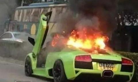 """汽车里面的这几样""""定时炸弹""""相当于拿整车人的命去冒险!"""