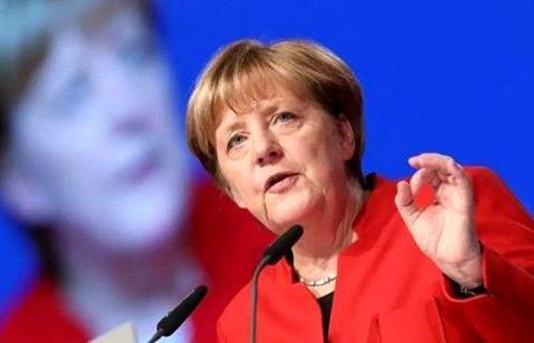 默克尔:德国将会为英国无协议脱欧做好准备