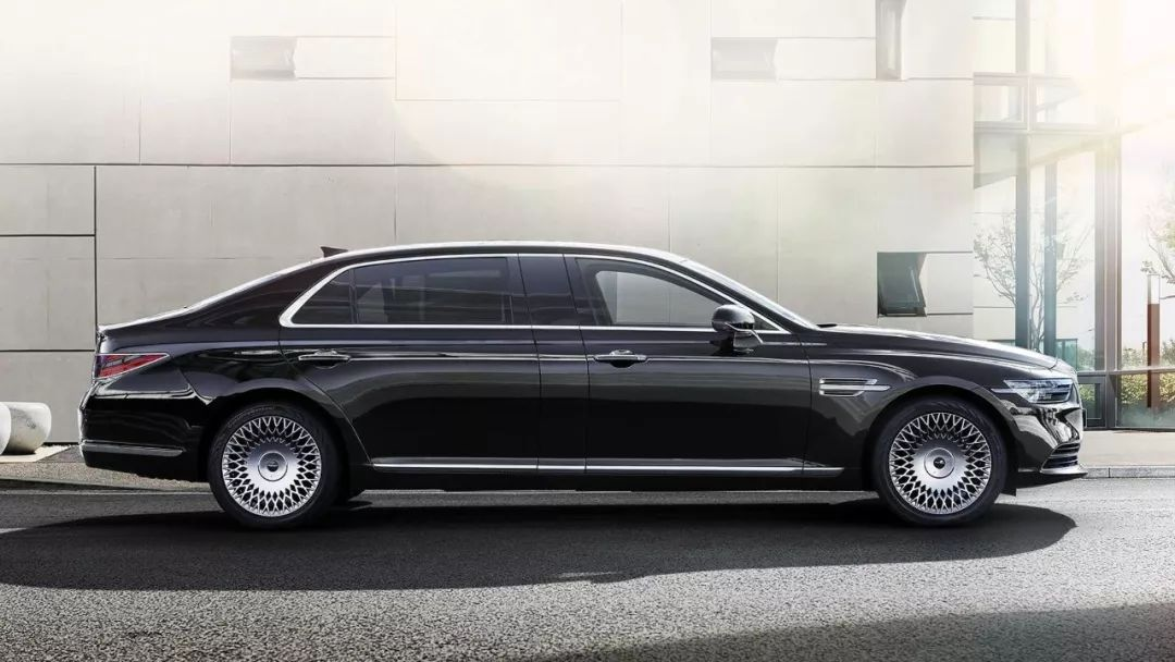 韩系车卖90万,V6发动机车长5米2,BBA要慌?