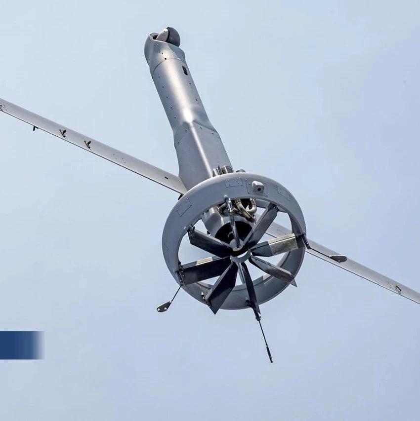 美国海军测试新型舰载固定翼垂直起降无人机
