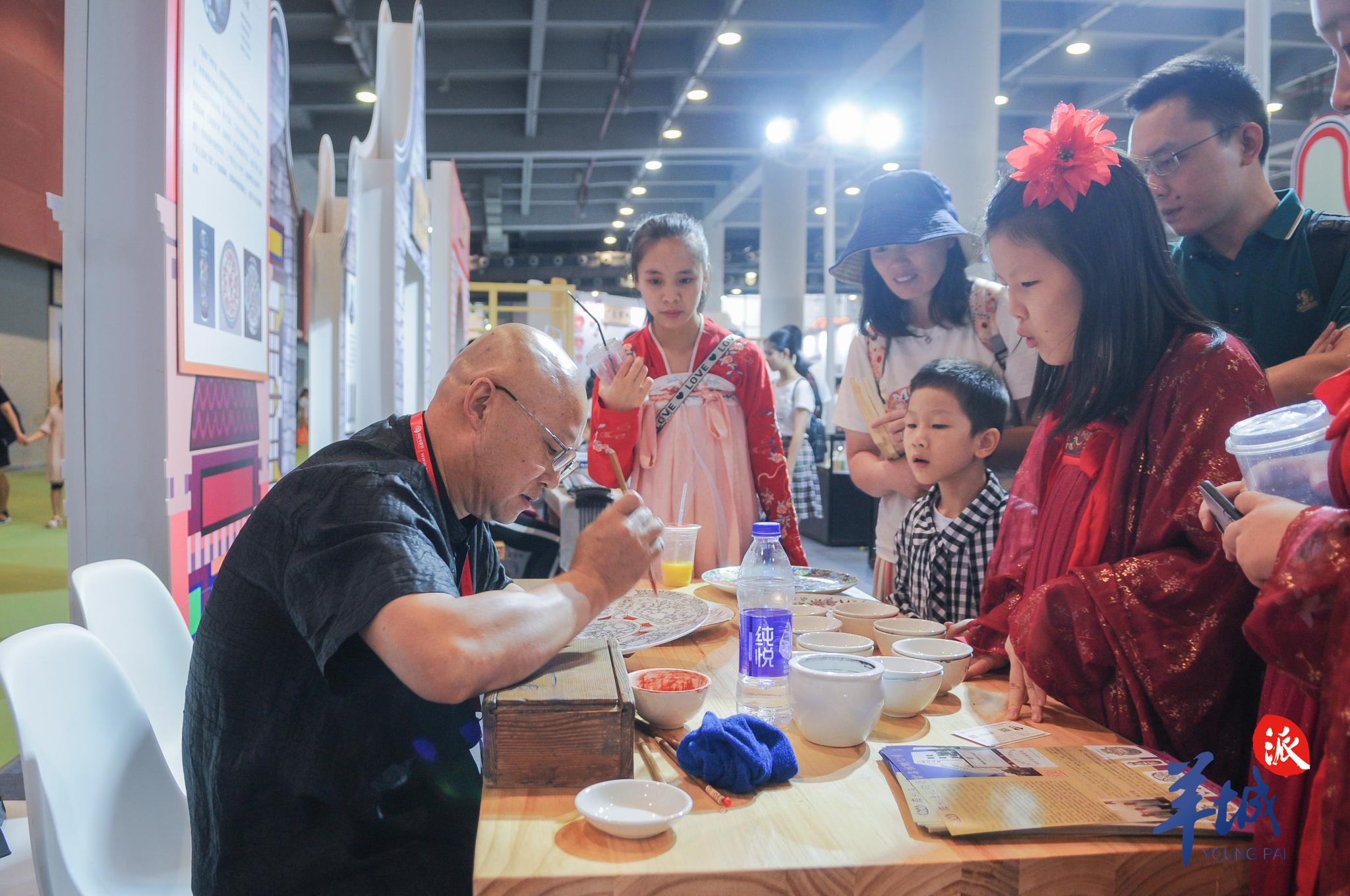 逛书展还能来一场艺术之旅!20多个非遗项目助阵南国书香节……