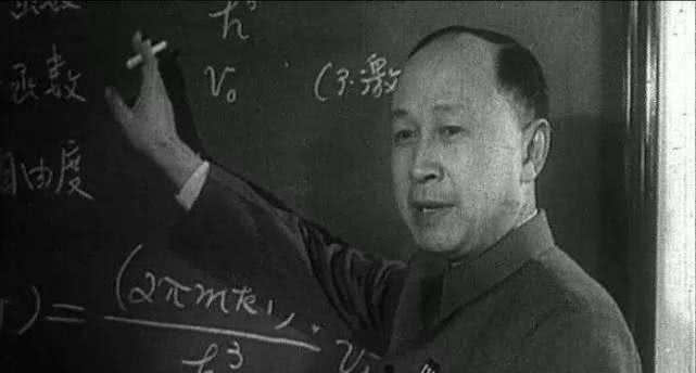 钱学森和杨振宁,对国家的贡献哪个更大?这才是真正答案