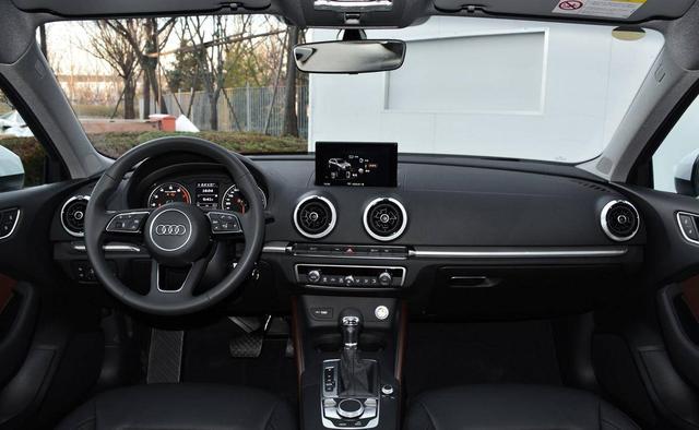 15-20万的A级运动轿车对比,奥迪A3和领克03你选谁?