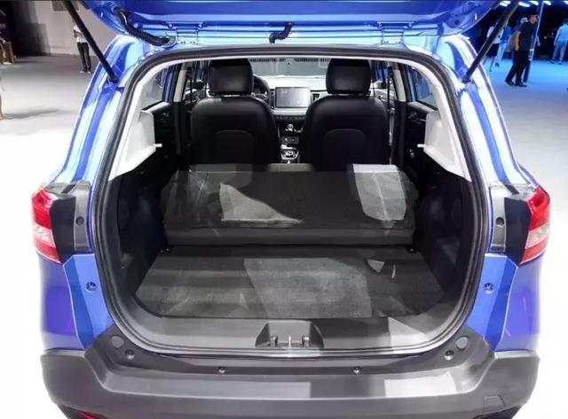 每公里只需3分钱!这款纯电小型SUV续航达430km,才卖8万以内