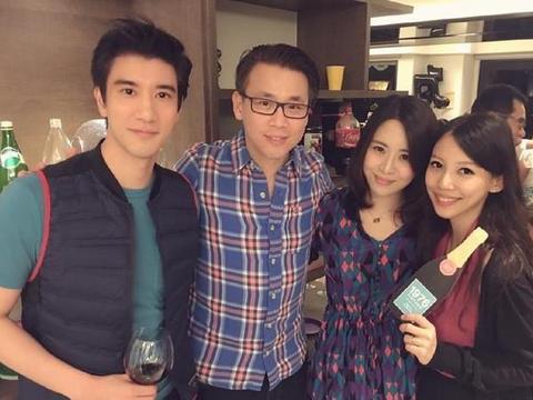 王力宏结婚6年从不晒老婆,看到婚纱照后,网友:这颜值谁敢晒啊