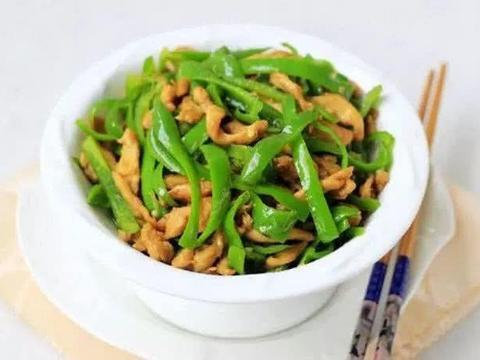 青椒和此物一起炒,美味下饭,赶走癌细胞,血管通畅,早食早受益