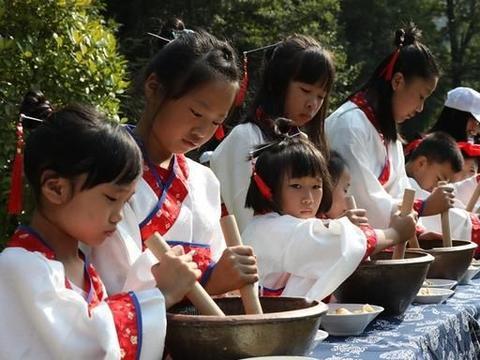 福建建宁:古村里的亲子夏令营