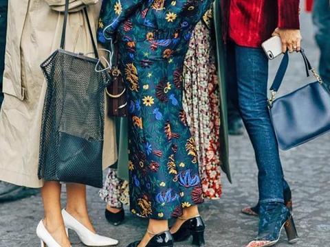 """小白鞋如今烂大街!今年最流行是""""巫女鞋"""",搭配裤子裙子都好看"""