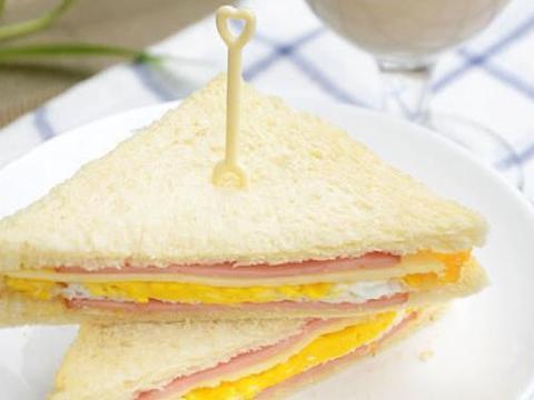 早餐还在吃面条?教你在家做三明治,营养价值高,值得收藏一试!