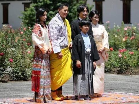 90后不丹王后带3岁小王子见日本皇妃一家!同穿传统衣服比美稳赢