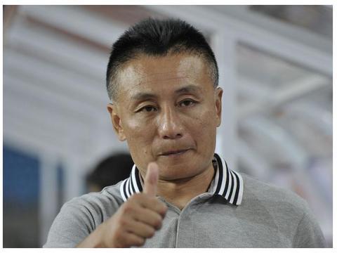 北京人和错失保级良机,河北华夏借助裁判三分到手,保级还靠宫磊