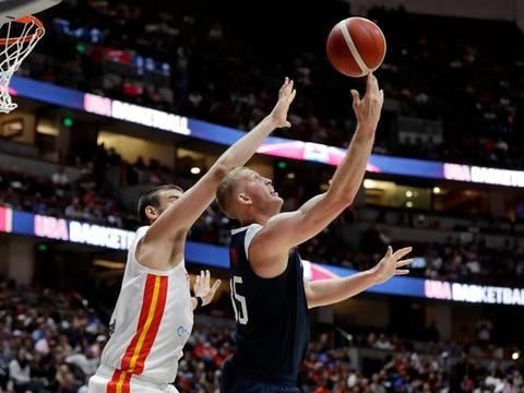 小加索尔表示外界质疑是美国男篮的动力,他们的阵容依旧出色