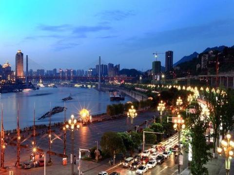 重庆最小的镇太牛:3座长江大桥穿境,还有最美公路、千年古寺