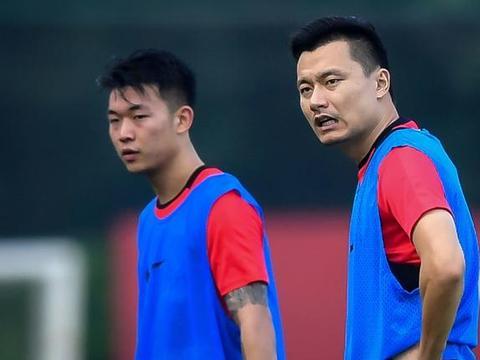 """中国足球归化政策""""最不幸""""国脚!曾是双料主力,现今或沦为鸡肋"""