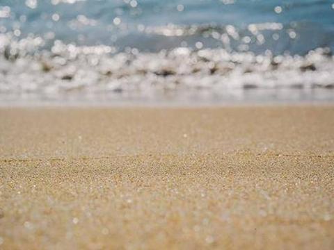 人类为冰川办葬礼,面临沙子短缺,我们能为地球做点什么?