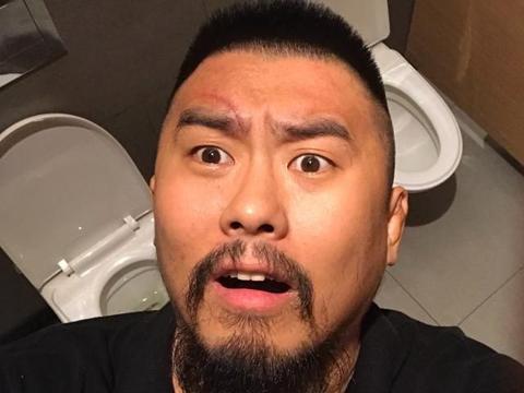 徐晓冬被太极拳世界冠军逼急了:输了给太极祖师爷磕头认错!