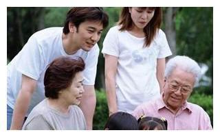退休金拿多少钱才能安度晚年,大家来仁者见仁智者见智