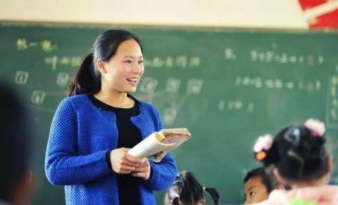 老师这样批改试卷大受欢迎,美好的记忆,好想收藏!