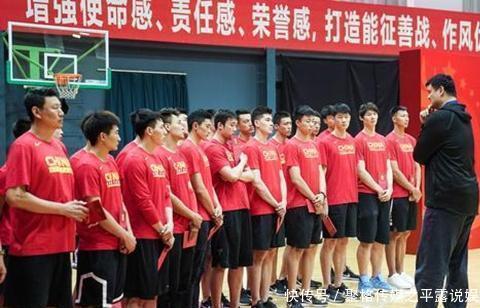 媲美姚明!深圳小伙11岁身高达1米92打球半年两夺MVP被篮协看中