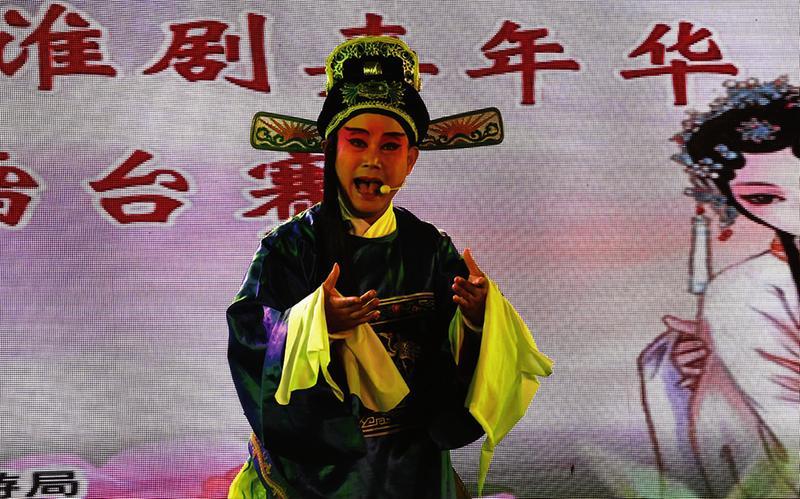 上海等地戏迷票友都赶来打擂