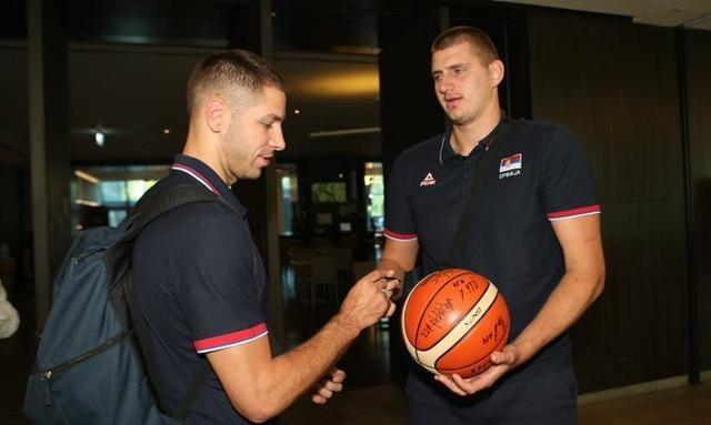塞尔维亚男篮正式启程前往中国,特奥多西奇并未随队