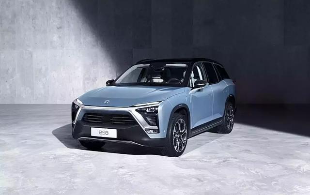 又一紧凑型SUV推出,红旗E-HS3现在才来,畅销的希望性有多大?