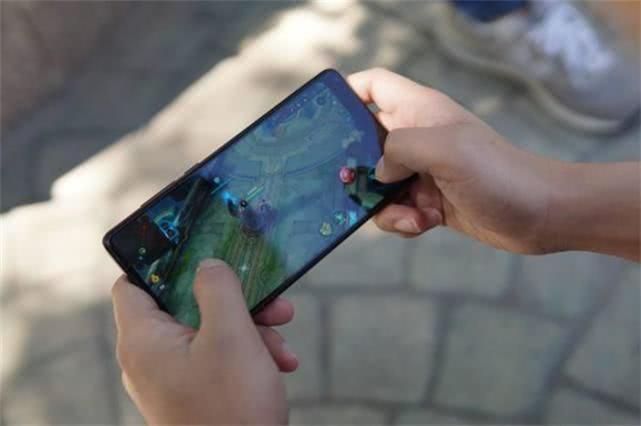 为什么苹果iPhone和安卓手机的游戏数据不互通?答案扎心!
