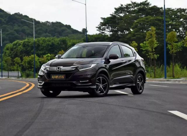 赚到人生的第一桶金!10万左右的高性价比小型SUV怎么选?