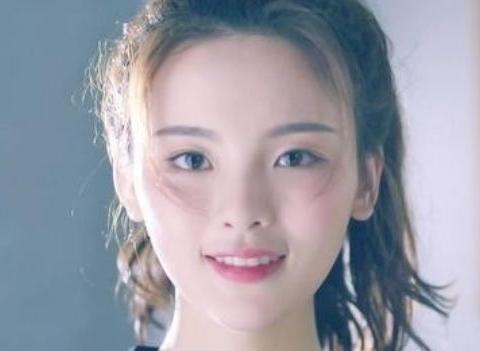 最新福布斯名人榜,杨超越蔡徐坤上榜,往年第一的她意外消失不见