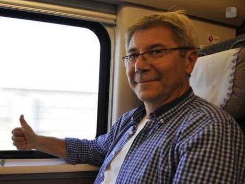 德国游客:中国高铁太慢,印度姑娘神回复,德国人立刻没话说了