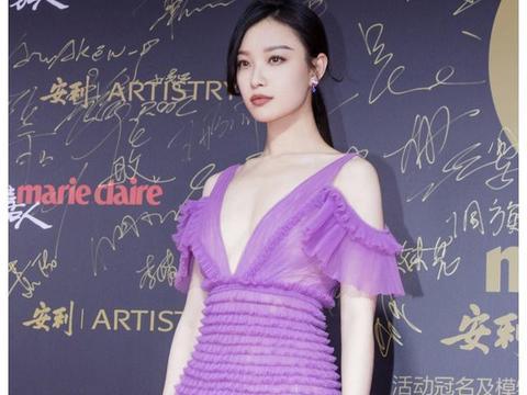 """31岁倪妮成""""中国版人间Gucci"""",硬照街拍红毯三项全能女艺人"""
