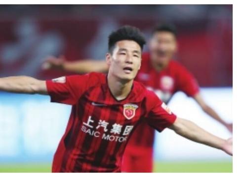同为足球队员的刘洋与武磊,除去球技,差别如此之大