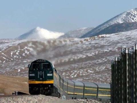 为何一到青藏铁路,中国火车头就要换成美国的?到底有何原因?