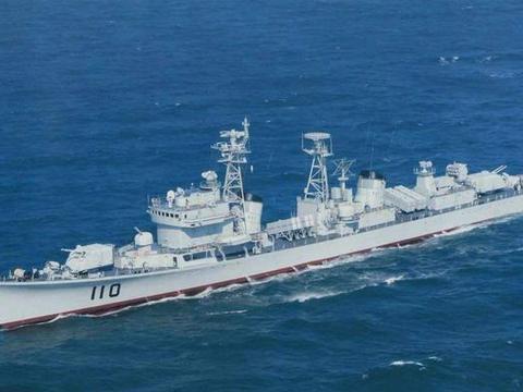 为什么052D驱逐舰的最大航速才30节左右?