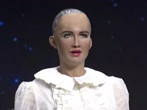 曾经说要毁灭人类的机器人索菲亚,现如今过的怎么样了?