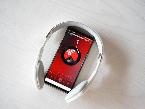 轻巧便携,出街也能戴的NuForce BHP2蓝牙耳机上手体验