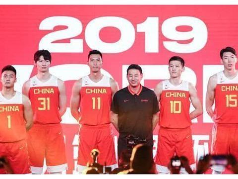央视直播,中国男篮2场热身赛,时间安排确定,比赛看点如何?