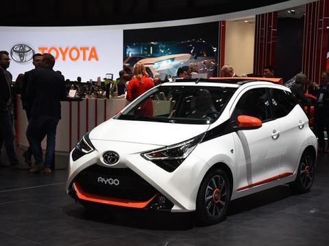 丰田5万的微型车,比奥拓炫酷,碾压QQ,还买啥小电动?